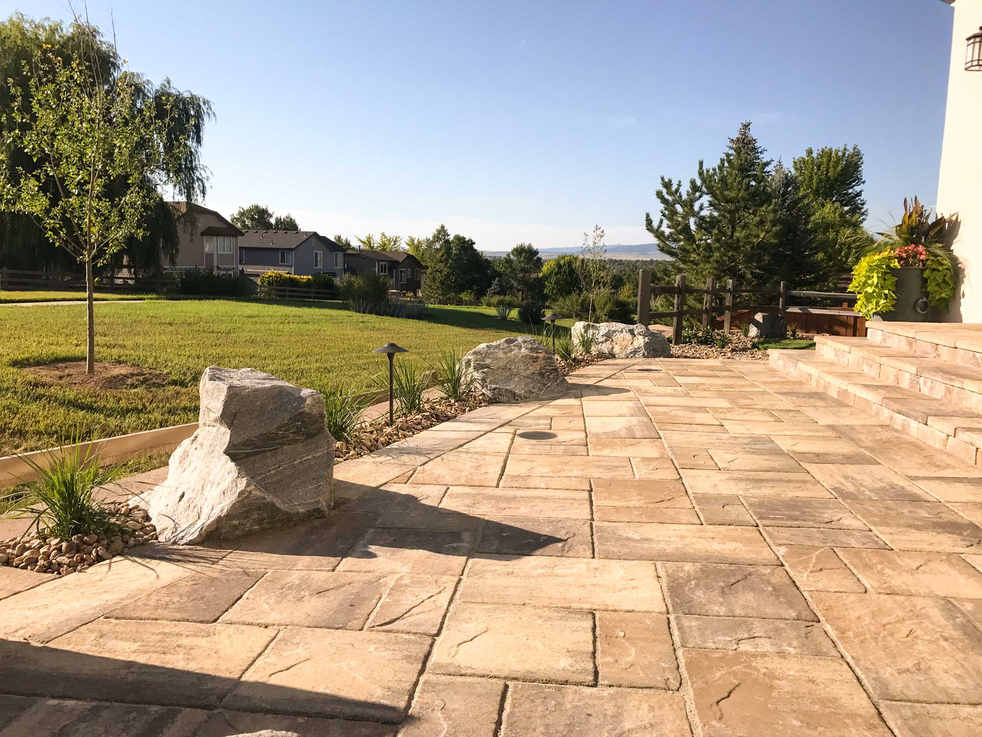 Grant Ranch Patio stonework & boulder features